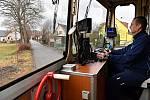 Kvůli zvýšení bezpečnosti získají přejezdy U mlékárny a v Lipové ulici ve Vrchlabí šraňky. Správa železnic chce ale zároveň zrušit přejezd v ulici Jana Opletala.
