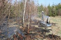 Požár lesa v  Chotěvicích.