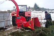 Za dotaci si společnost PoLLom z Malých Svatoňovic zakoupila  techniku na zpracování dřevní hmoty.