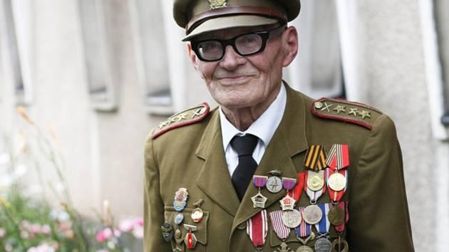Zemřel Jan Plovajko.