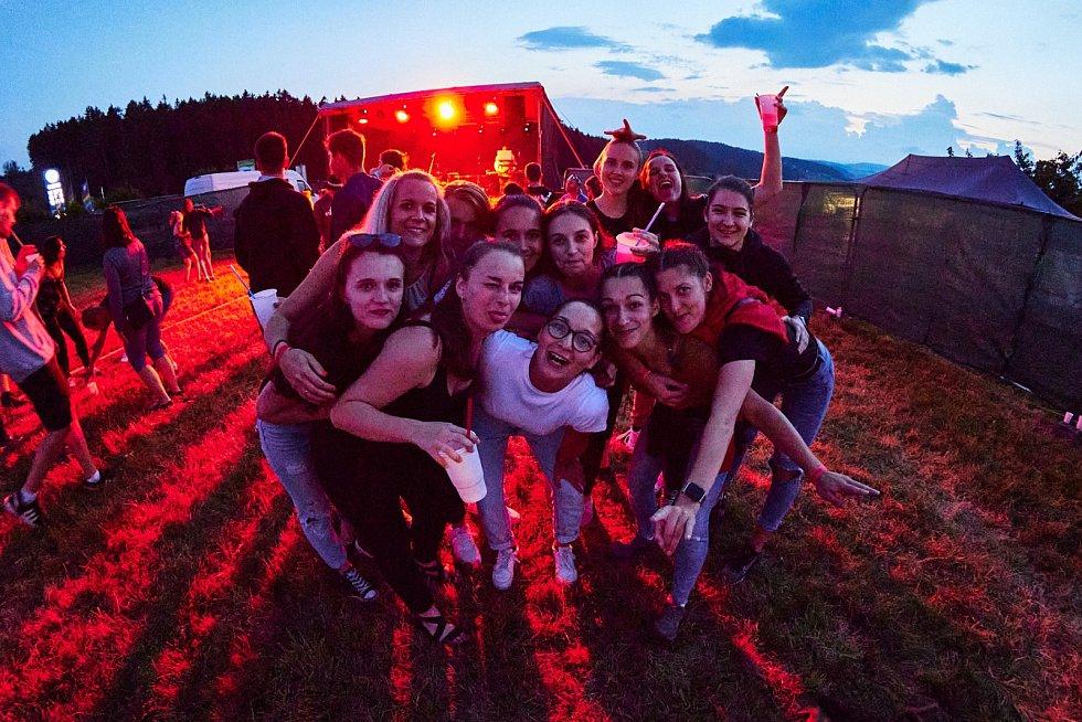 Summer party se skupinou Lunetic