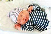 FRANTIŠEK POKORNÝ se narodil 23. října ve 14.33 hodin rodičům Monice a Františkovi. Vážil 3,93 kg a měřil 52 cm. Spolu se sestřičkou Annou bydlí v Jilemnici – Hrabačově.