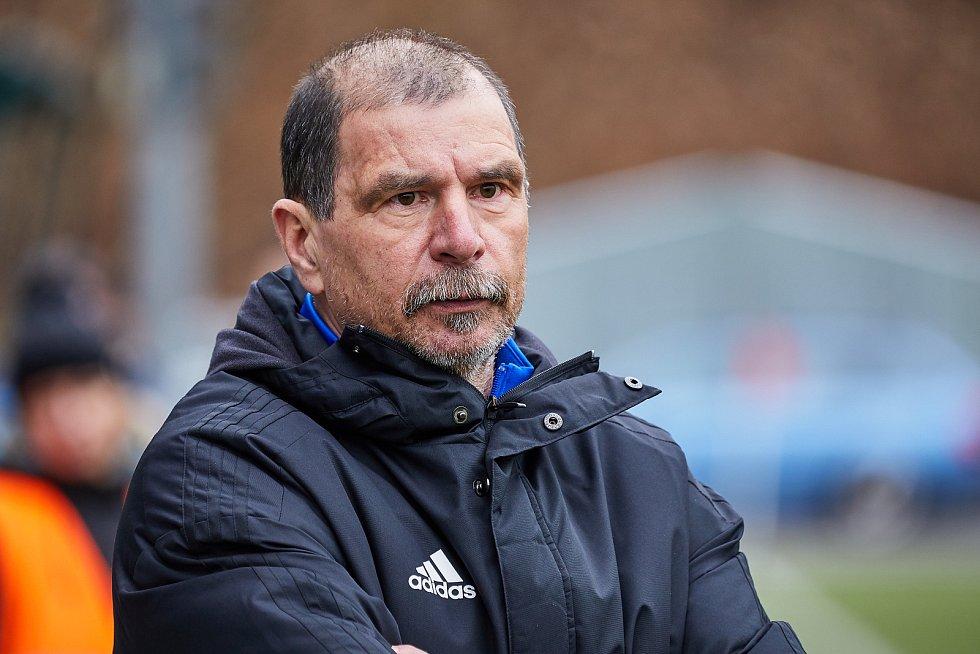 Miloš Dvořák zažil fotbalové úspěchy jako výborný hráč, stejně tak už i jako úspěšný trenér.
