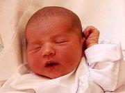 RŮŽENA MIA VÁGNEROVÁ se narodila 15. května ve 12.46 hodin rodičům Petře a Michalovi. Vážila 3,72 kilogramu a měřila 53 centimetrů. Doma v Trutnově už čekají i sourozenci Natálie a Kevin.