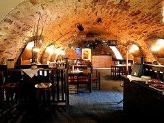 Restaurace a Music bar Pod Hradem