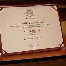 Plukovník Jan Plovajko na besedě v Klubu seniorů Trutnov