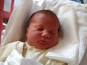 AMÁLKA ŘEHÁKOVÁ se narodila 23. října v 10.30 hodin rodičům Markétě a Standovi. Vážila 3,56 kg a měřila 49 cm. Rodina je doma v Trutnově.