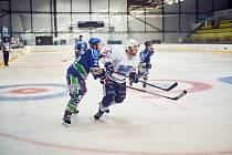 Trutnovští hokejisté si v prvním duelu BAK Cupu poradili s Hronovem.