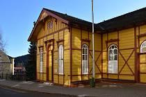 V Janských Lázních otevřeli stálou česko-polskou expozici o historii lázeňství.