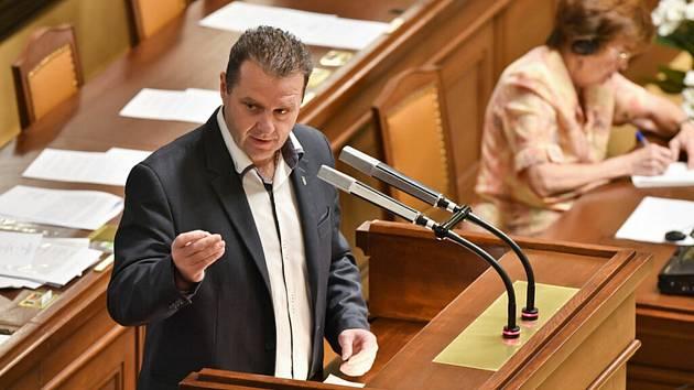 Komunista Zdeněk Ondráček z Trutnova končí v Poslanecké sněmovně.