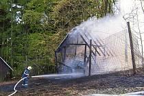 Požár seníku v Horním Maxově.
