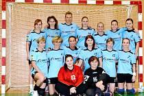 Turnovské ženy sice závěrečné utkání roku prohrály, až do poloviny února se ale nehnou z vedoucí příčky II. ligy.