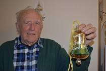 Antonín Mikeš vzpomíná na časy, kdy byl Zdobín proslulý výrobou vánočních ozdob.