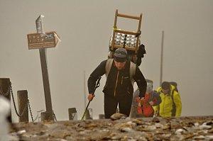 Závod novodobých horských nosičů