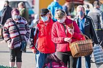Lidé můžou v sobotu poprvé zavítat na farmářské trhy v Trutnově.