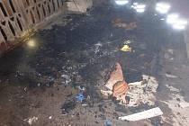 V jíveckém kostele hořela matrace, počínající oheň uhasil farář pomocí vědra s vodou