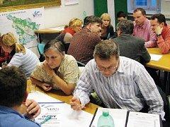 PRACOVNÍ SKUPINY MAS Královédvorsko se pravidelně setkávají, aby vytvořily SWOT analýzu regionu.