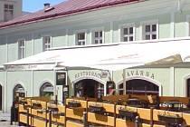 Restaurace a kavárna U kostela
