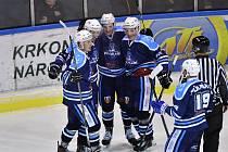 Třikrát ve třetím duelu série slavili vrchlabští hokejisté vstřelený gól.