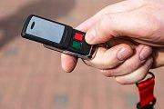 Nouzové tlačítko. jedna z možností, jak rychle přivolat městskou policii.