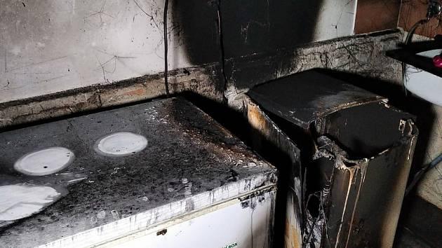 Při požáru penzionu ve Špindlerově Mlýně nebyl v budově nikdo ubytovaný, způsobila ho technická závada mrazícího boxu.