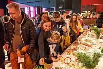 Devátý ročník soutěže O nejlepší vánočku pod Rýchorami přilákal velký počet startujících i diváků.