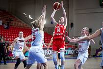 Výborný výkon! Petra Záplatová byla proti Dánsku k neudržení. Na soupeřky platila rychlostí, dravostí a elánem.