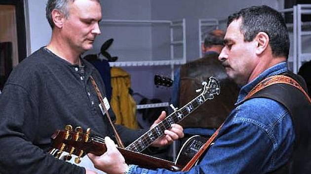 Bluegrassové setkání pod Jestřebími horami