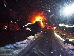Požár střechy v Levínské Olešnici