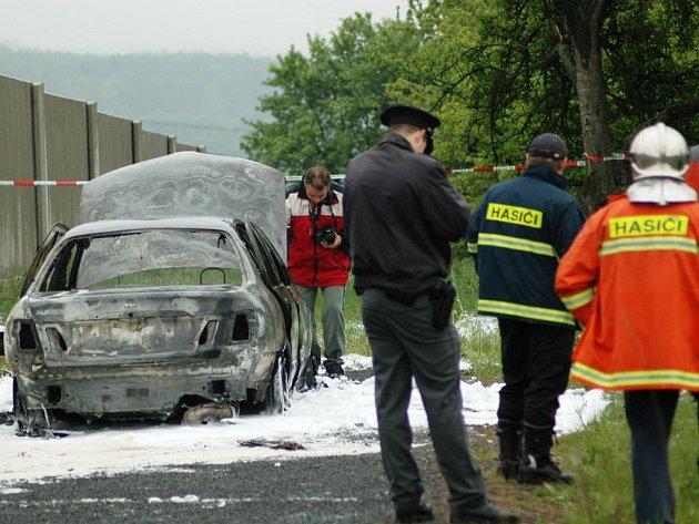 Požár osobního vozu v Daliměřicích