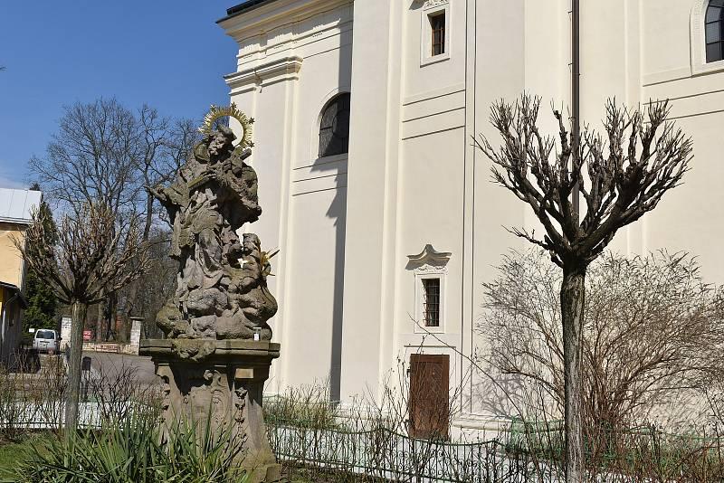 Barokní areál Domova sv. Josefa v Žirči.