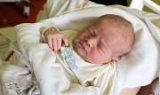 SEBASTIAN BUBÍLEK se narodil Barboře a Michalovi 3. října ve 20.15 hodin. Vážil 4,385 kilogramu a měřil 54 centimetrů. Rodina bude bydlet v Liberci.