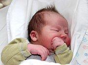 FILIP SÝKORA se narodil 13. září ve 2.02 hodin Kristýně Sýkorové a Michalu Bendovi. Vážil 4,38 kg a měřil 51 cm. Doma ve Dvoře Králové už čeká i bráška Martin Sýkora.