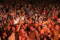 Festival každoročně navštěvuje několik tisíc lidí.