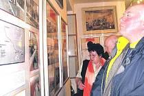EXPOZICI, věnovanou trutnovské energetice, si ve čtvrtek se zájmem v Muzeu Podkrkonoší prohlédly desítky prvních návštěvníků. Výstava je přístupná do 1. dubna.