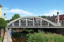 Most je chráněný a tak zůstane
