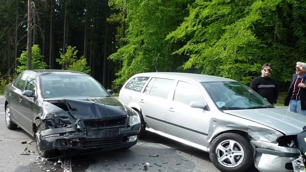 Nehoda dvou škodovek