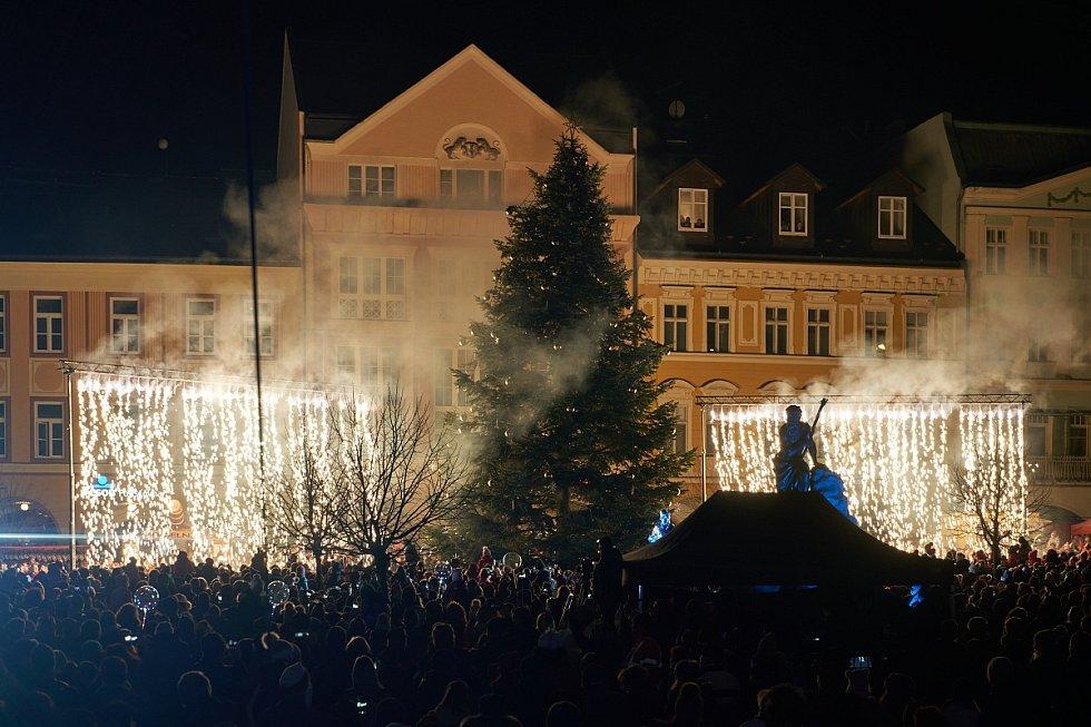 Rozsvícení vánočního stromu v Trutnově