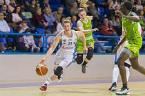 Ženská basketbalová liga - 21. kolo: BK Loko Trutnov - SBŠ Ostrava 89:77.