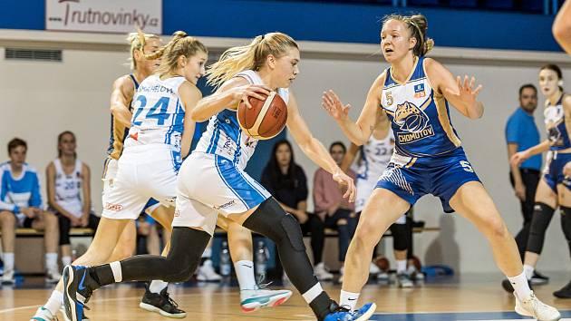 Anna Rylichová proti Chomutovu zaznamenala 15 bodů, ale soupeř byl pod oběma koši úspěšnější.
