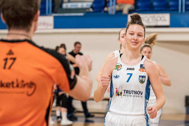 Kolik bodů nastřílí Tereza Králová ve středečním utkání v hale Chomutova?