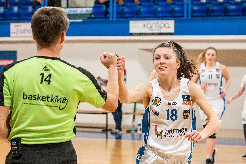 Basketbalistky Trutnova ve středu čeká předposlední duel základní část Renomia ŽBL.
