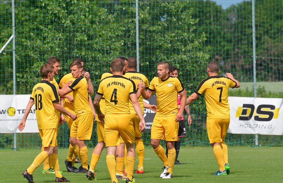 Fotbalová divize C: Přepeře - Horky nad Jizerou.