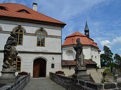 Kapli hradu Valdštejn kryje zbrusu nové zastřešení