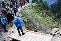 Havarijní stav skončil, cesta Obřím dolem na Sněžku má nový mostek