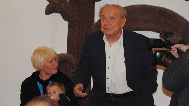 Pojizerská galerie vystavuje Vodseďálkovy Lepené události