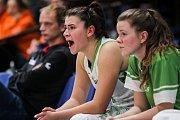 Utkání 10. kola Ženské basketbalové ligy: SBŠ Ostrava - BK Loko Trutnov, 5. prosince 2018 v Ostravě. Na snímku (zleva) Busková Gabriela, Pavlicová Anna.