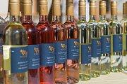 Víno, láhve, vinobraní.