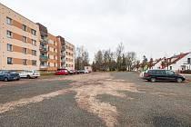 Developerská společnost Brickbay SE chce postavit tři pětipodlažní domy ve Dvoře Králové nad Labem v lokalitě Berlínek mezi ulicemi Pod Safari a Milady Horákové.