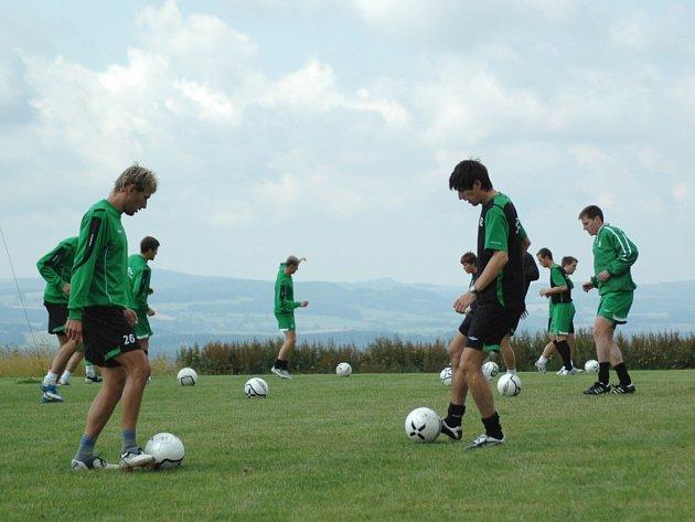 Hráči při tréninku